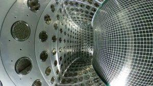 3)MEGII実験の液体キセノンγ線検出器内部