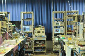 超高速ナイキストパルス伝送実験の様子