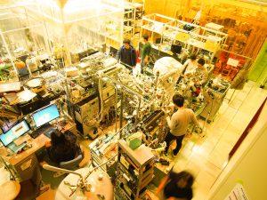 レーザー光電子分光装置