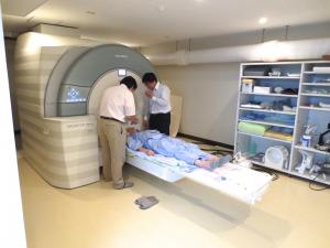 センター連携MRI研究施設