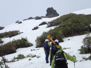 平成29年那須岳雪崩災害の現地調査(雪崩発生区付近)