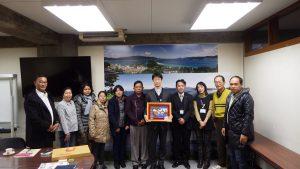 ミャンマーの農業・畜産・農村開発委員会、ヤンゴン大学、SEAME=CHAT、農業省研究者による宮津市市役所表敬訪問(2016年12月16日)