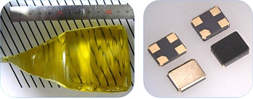 左)新規ランガサイト型単結晶外観  右)新規ランガサイト型振動子外観