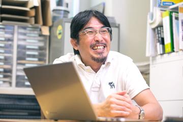 「研究は何をやっても面白い」と安田教授は笑顔を見せる。知的好奇心と同時に、人類を感染症の脅威から守ることへの使命感も強く意識する。それが、教授を幅広い取り組みへと向かわせる原動力だ。