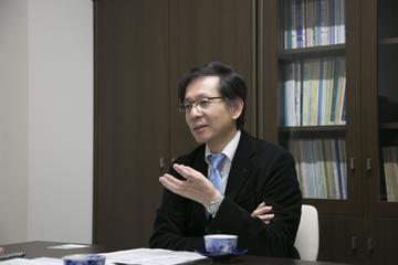 基本的な事柄から丁寧に説明してくださる辻井教授。