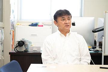 床次教授はバックボーンの工学の観点から、放射線の防護や評価、測定機器の開発などの研究を進めている。