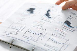 シミュレーションで得られたさまざまな結果がまとまった岩田准教授のノート